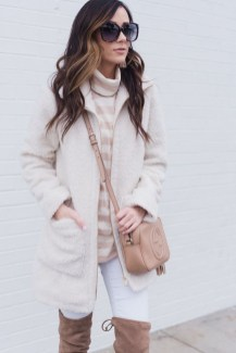 Cute Winter Outfits Ideas To Copy Right Now01