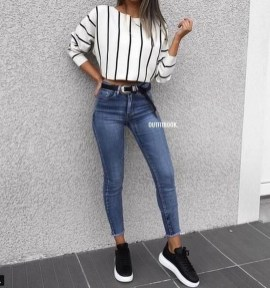 Fabulous And Fashionable School Outfit Ideas For College Girls04