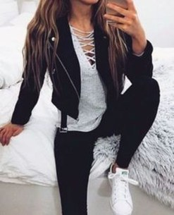 Fabulous And Fashionable School Outfit Ideas For College Girls05