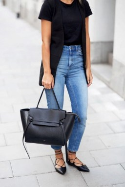 Magnificient Summer Outfit Ideas With Black Flats26
