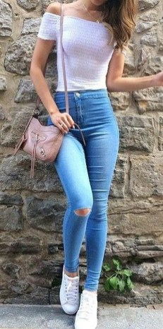 Pretty Summer Casual Outfits Ideas For Women25