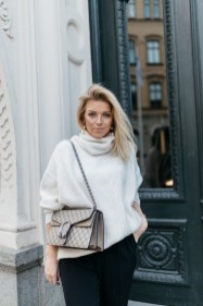 Stunning Fall Outfits Ideas To Update Your Wardrobe25