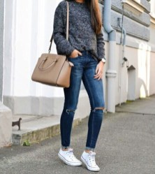 Stunning Fall Outfits Ideas To Update Your Wardrobe30