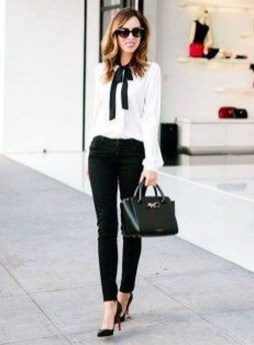 Stunning Work Office Outfit Ideas06