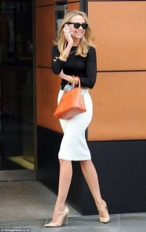 Stunning Work Office Outfit Ideas10