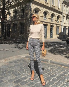 Trendy And Casual Outfits To Wear Everyday14