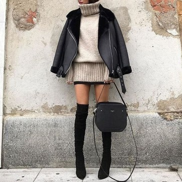Adorable Winter Outfits Ideas Boots Skirts06