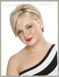 Awesome Haircuts Ideas For Round Face20