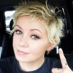 Awesome Haircuts Ideas For Round Face29