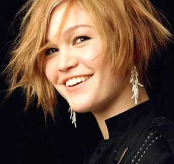 Awesome Haircuts Ideas For Round Face47