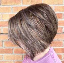 Charming Graduate Bob Haircut Ideas04