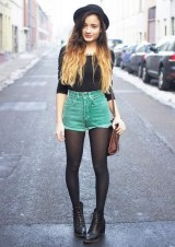 Charming Winter Outfits Ideas High Waisted Shorts11