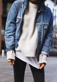Delightful Winter Outfits Ideas Denim Jacket20