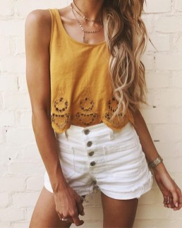 Fascinating Scalloped Clothing Ideas For Summer Outfits40