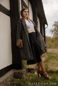 Incredible Skirt And Blouse This Fall Ideas29