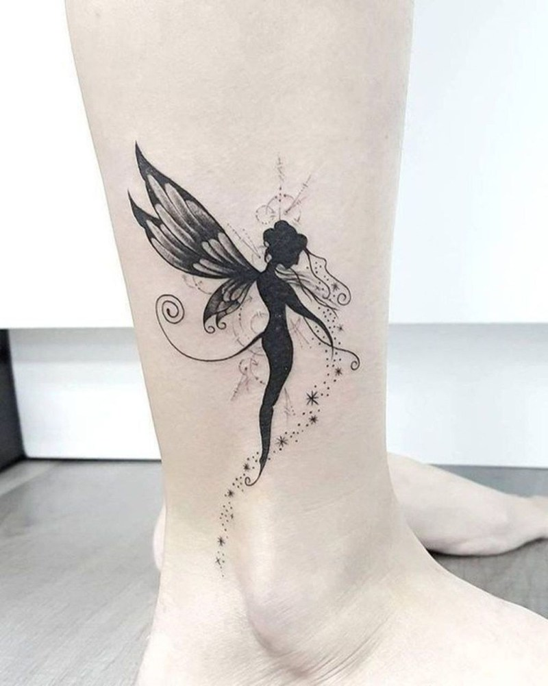 Lovely Foot Tattoo Ideas For Girls01