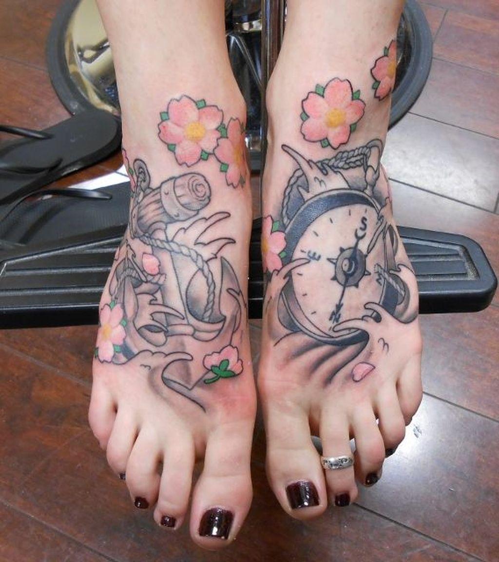 Lovely Foot Tattoo Ideas For Girls44