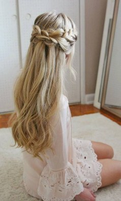 Perfect Wedding Hairstyles Ideas For Long Hair17