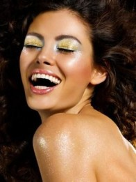 Popular Shimmer Summer Makeup Ideas14