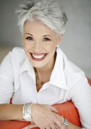 Pretty Grey Hairstyle Ideas For Women04