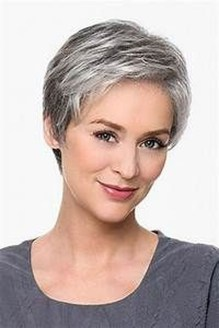 Pretty Grey Hairstyle Ideas For Women27
