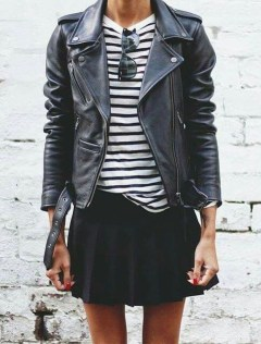 Pretty Winter Outfits Ideas Black Leather Jacket22