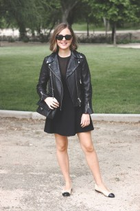 Pretty Winter Outfits Ideas Black Leather Jacket28