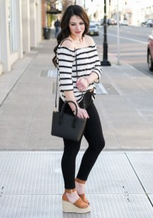Stunning Spring Outfit Ideas With Wedges05