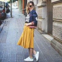 Wonderful Midi Skirt Outfit Ideas For Spring And Summer 201807