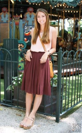 Wonderful Midi Skirt Outfit Ideas For Spring And Summer 201844