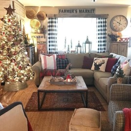 Affordable Winter Christmas Decorations Ideas04