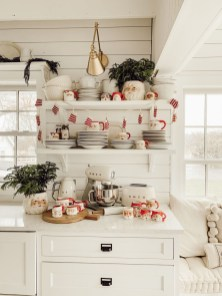 Affordable Winter Christmas Decorations Ideas31