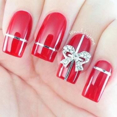 Astonishing Christmas Nail Design Ideas For Pretty Women35