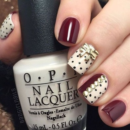 Astonishing Christmas Nail Design Ideas For Pretty Women46