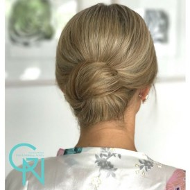 Casual Christmas Updos Ideas07