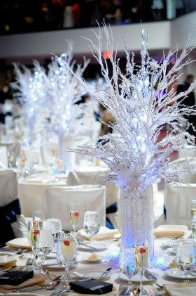 Classy Winter Wonderland Wedding Centerpieces Ideas06