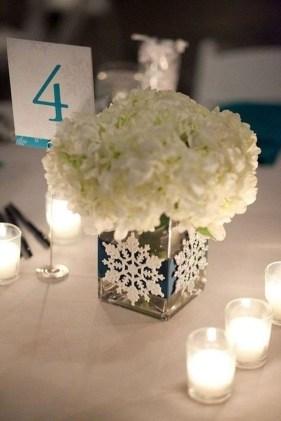 Classy Winter Wonderland Wedding Centerpieces Ideas08