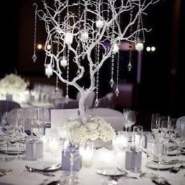 Classy Winter Wonderland Wedding Centerpieces Ideas14