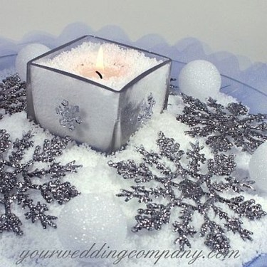 Classy Winter Wonderland Wedding Centerpieces Ideas18