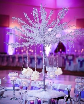Classy Winter Wonderland Wedding Centerpieces Ideas35