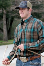 Cozy Plaid Shirt Outfit Christmas Ideas For Handsome Mens13