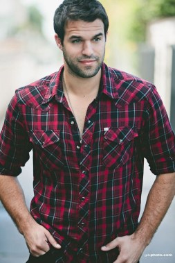 Cozy Plaid Shirt Outfit Christmas Ideas For Handsome Mens36
