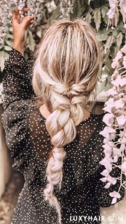 Cute Christmas Braided Hairstyles Ideas12