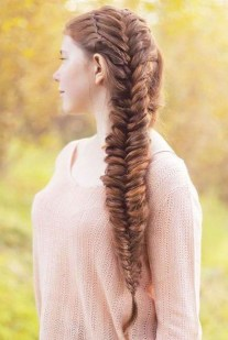 Cute Christmas Braided Hairstyles Ideas19