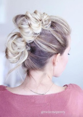 Cute Christmas Braided Hairstyles Ideas36