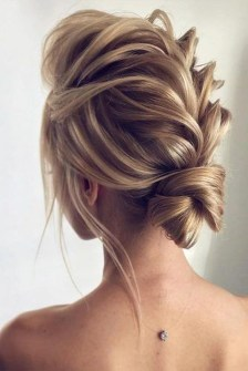 Cute Christmas Braided Hairstyles Ideas39