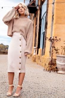 Elegant Midi Skirt Winter Ideas10