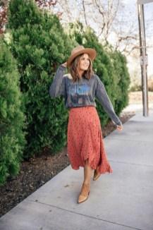 Elegant Midi Skirt Winter Ideas20