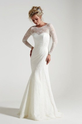 Fabulous Winter Wonderland Wedding Dresses Ideas26