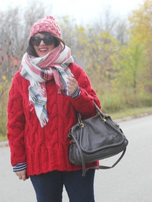 Incredible Holiday Style Christmas Outfit Ideas36